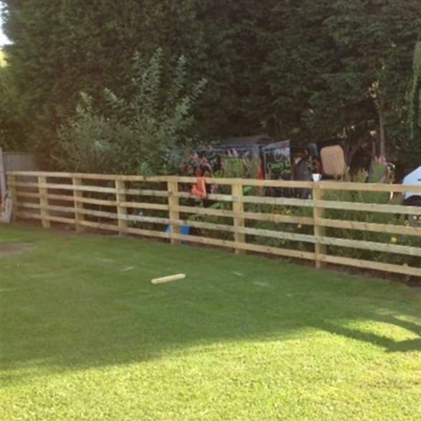 Fencing-Specialist-R00769_3_1