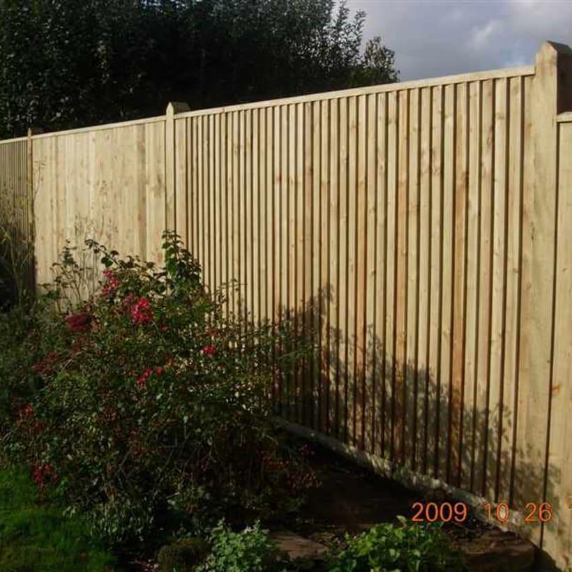 Fencing-Specialist-R02147_3