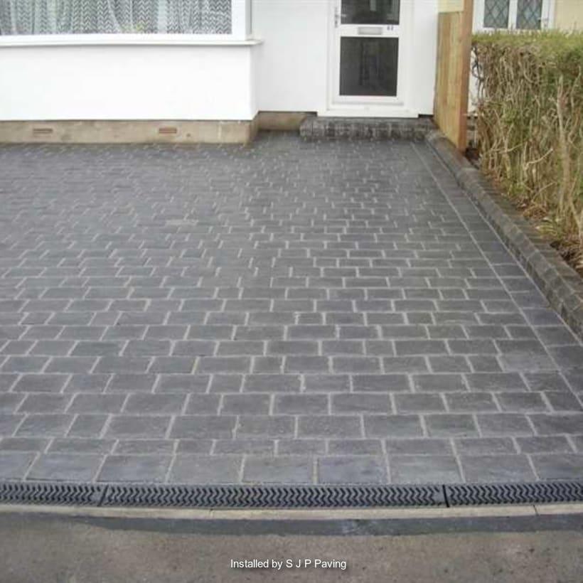 Enhanced-Driveway-Specialist-R01389_1