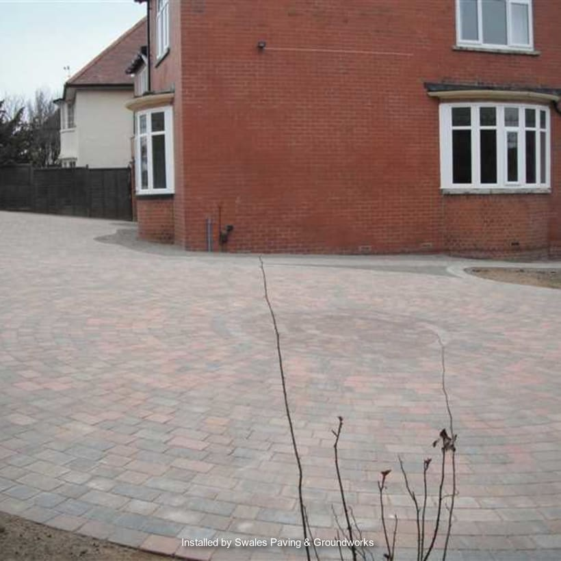 Enhanced-Driveway-Specialist-R01761_1