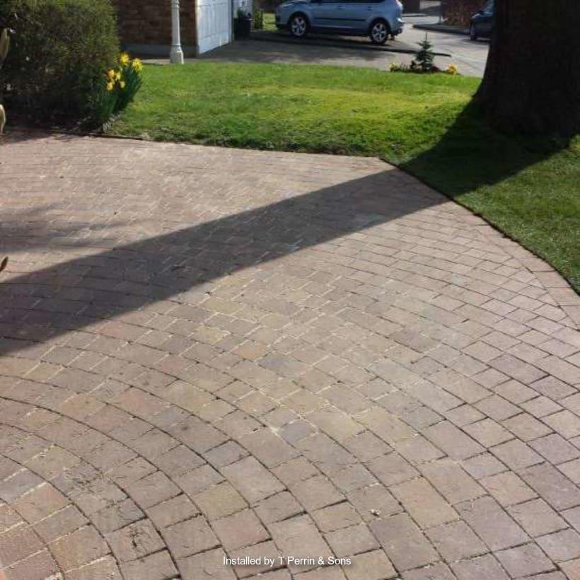 Enhanced-Driveway-Specialist-R00140_1