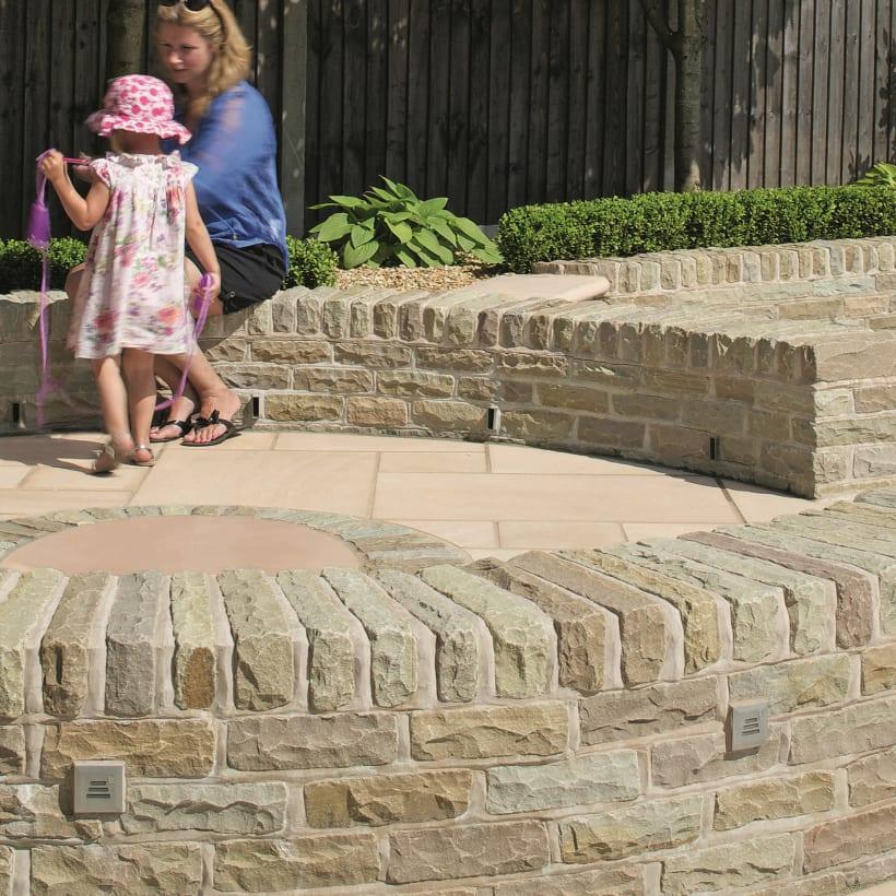 Traditional Natural Stone Walling - Tumbles Ab