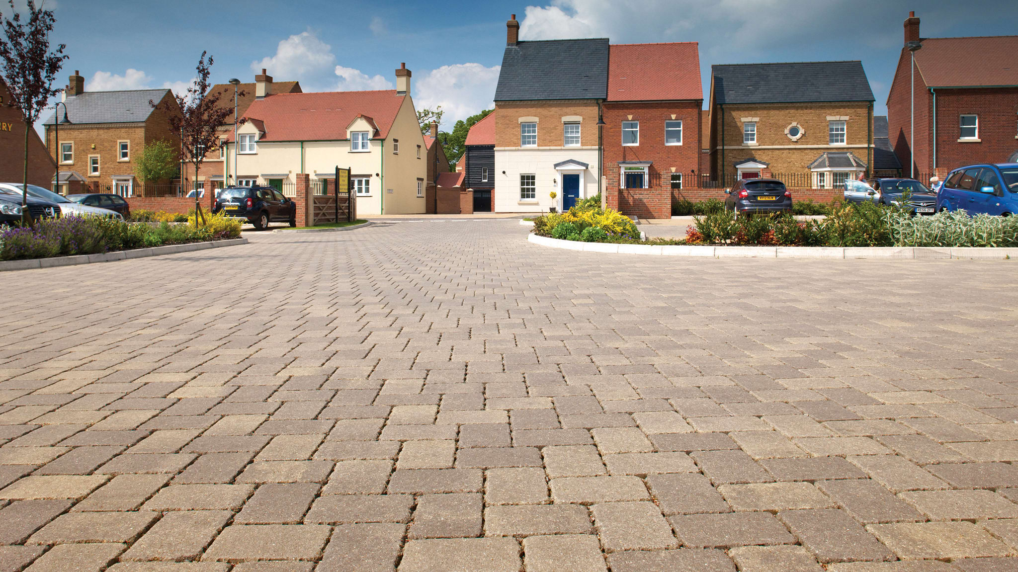 priora flag paving retail path