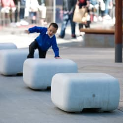 escofet sit benches