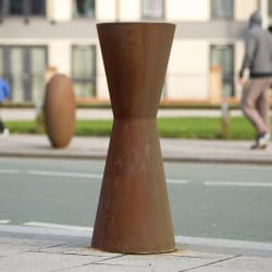 no.3 cast iron bollard