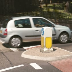 refuge concrete traffic island