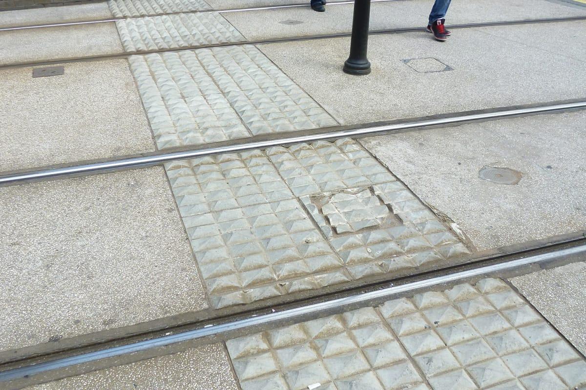 tactile lambeth paving