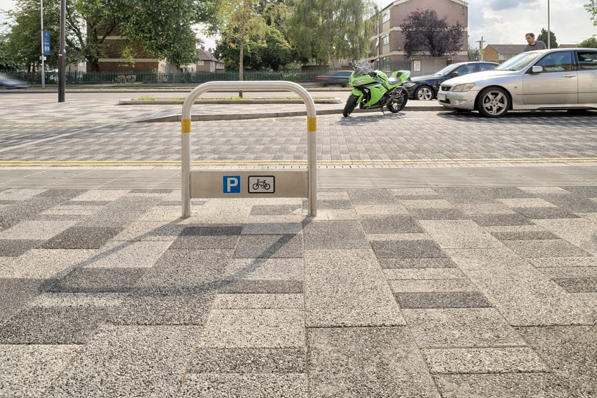 motorcycle stands - hayes uxbridge