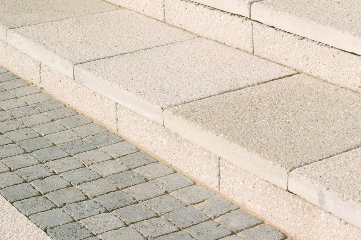 charnwood - textured buff and tegula - cobbles pennant grey romford