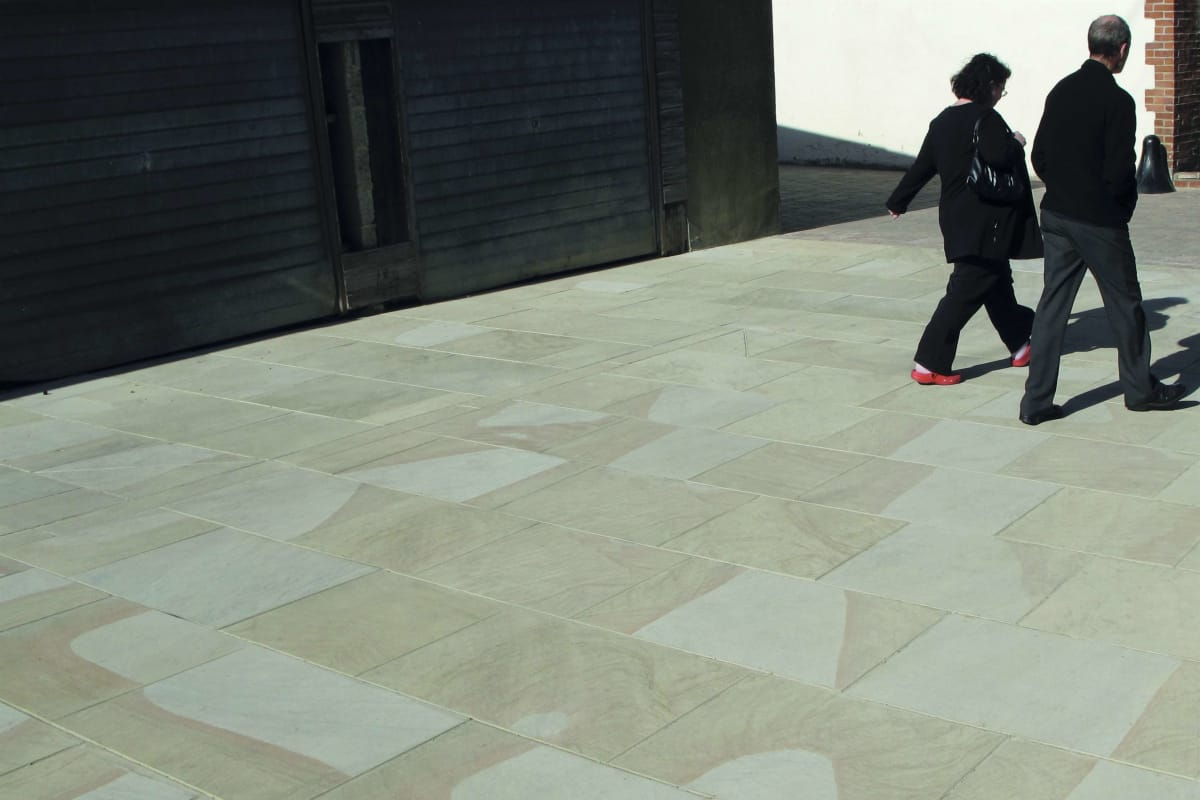 moselden yorkstone paving - bedale