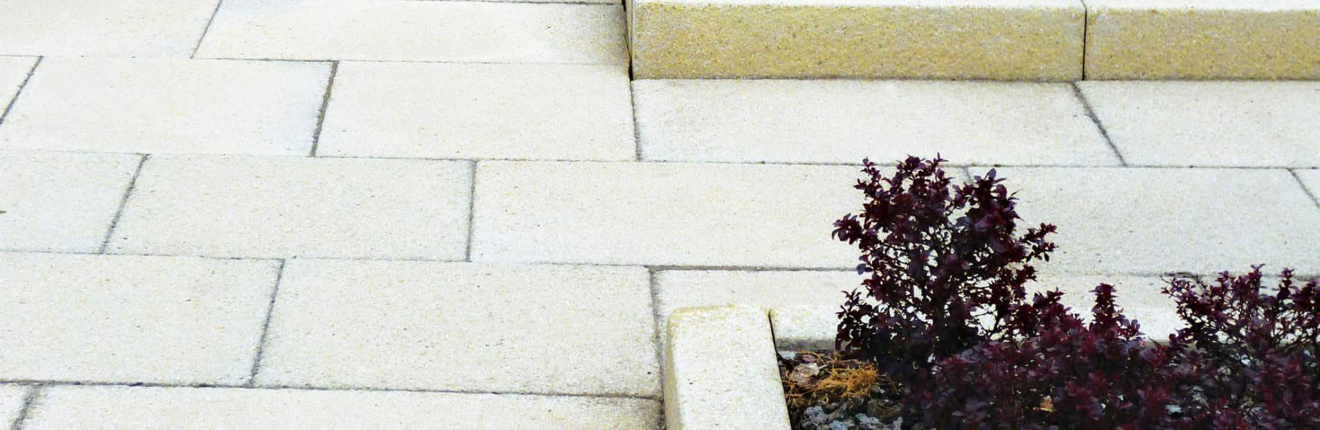 saxon buff paving laid insitu gardens setting