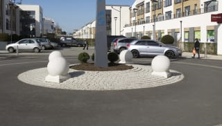 Spherical 500 Bollard