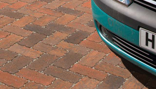 Priora Pencil Edge Permeable Paving