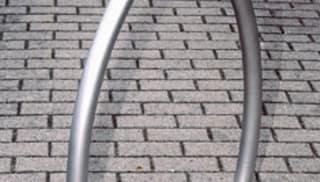 Wishbone Cycle Stand