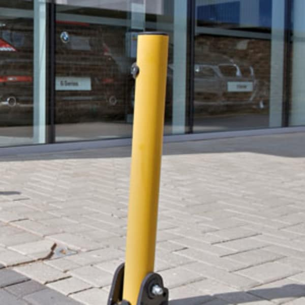 rt key op1 fold down bollards