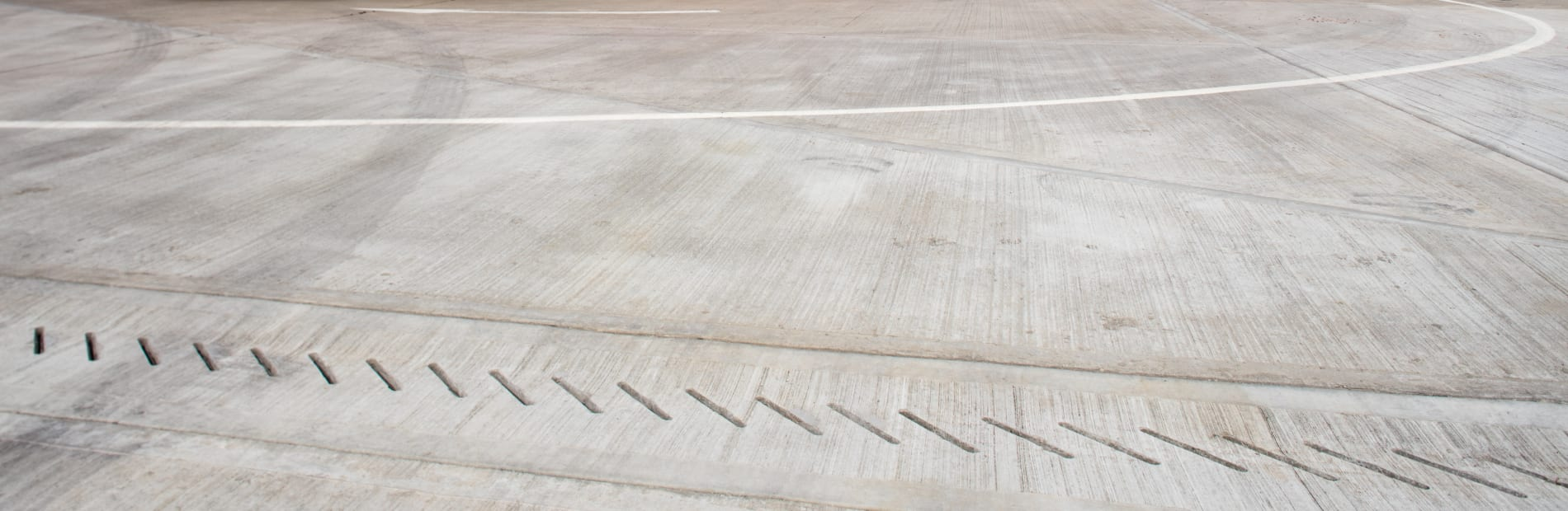 marshalls drexus xl high capacity linear drainage system at wednesbury distribution centre