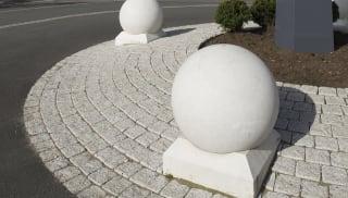 circular bollards on roundabout