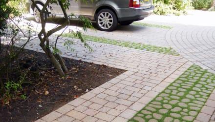 The comeback of ribbon driveways