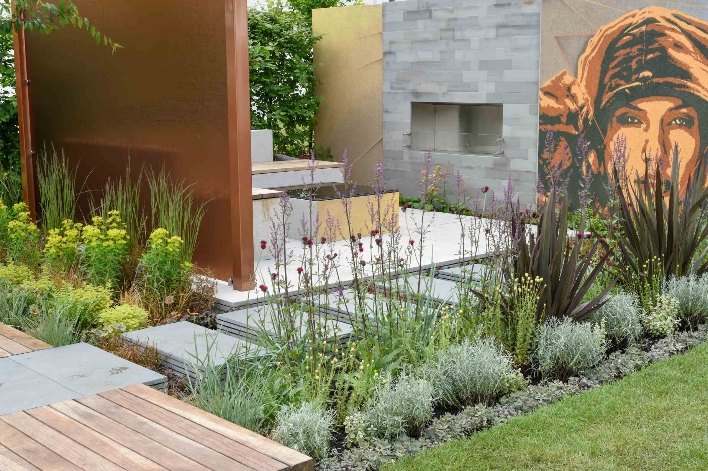 Grey paving laid at an exhibition at BBC gardeners world live