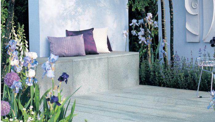 Design tricks to make a small garden look bigger