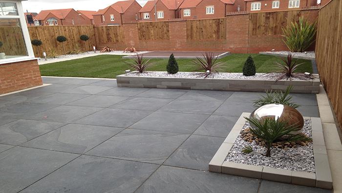 Full garden revamp using nordus schwarz paving