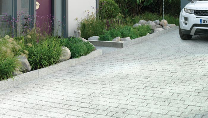 5 environmentally friendly options for your front garden design