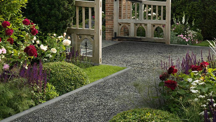 Where to start when planning your new front garden this year