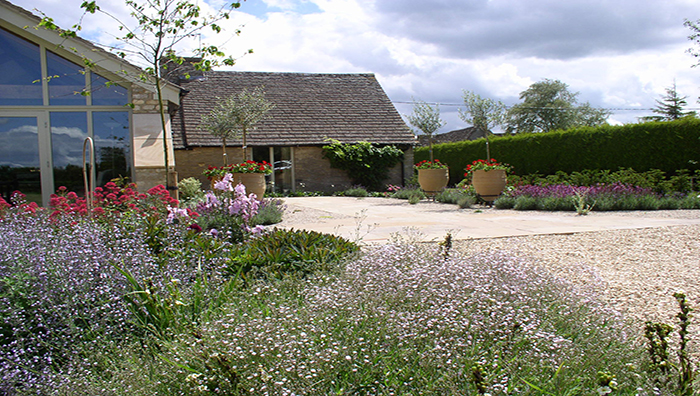 Guest blogger Nick Dickinson writes a 5 step guide to preparing your garden for summer