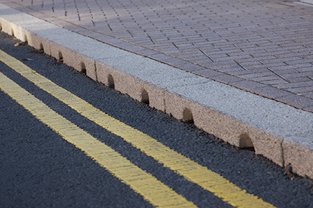 Combined kerb and drainage