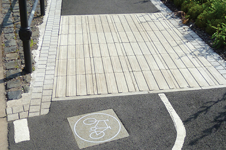 Tactile paving used for cycle demarcation