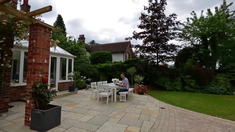 Garden Fly Through: Fairstone Limestone And Drivesett Tegula