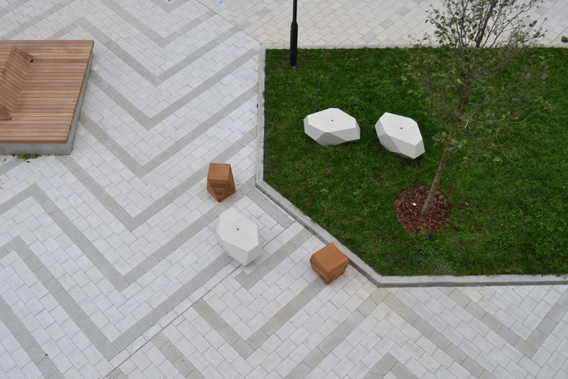 Modal paving outside a shopping centre in a zig-zag pattern